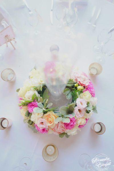 couronne centre de table design floral bouquet romantique décoration florale mariage fleurs mariage fleuriste mariage aurelie lafond-doligniere fleurs d'un jour www.fleursdunjour.fr