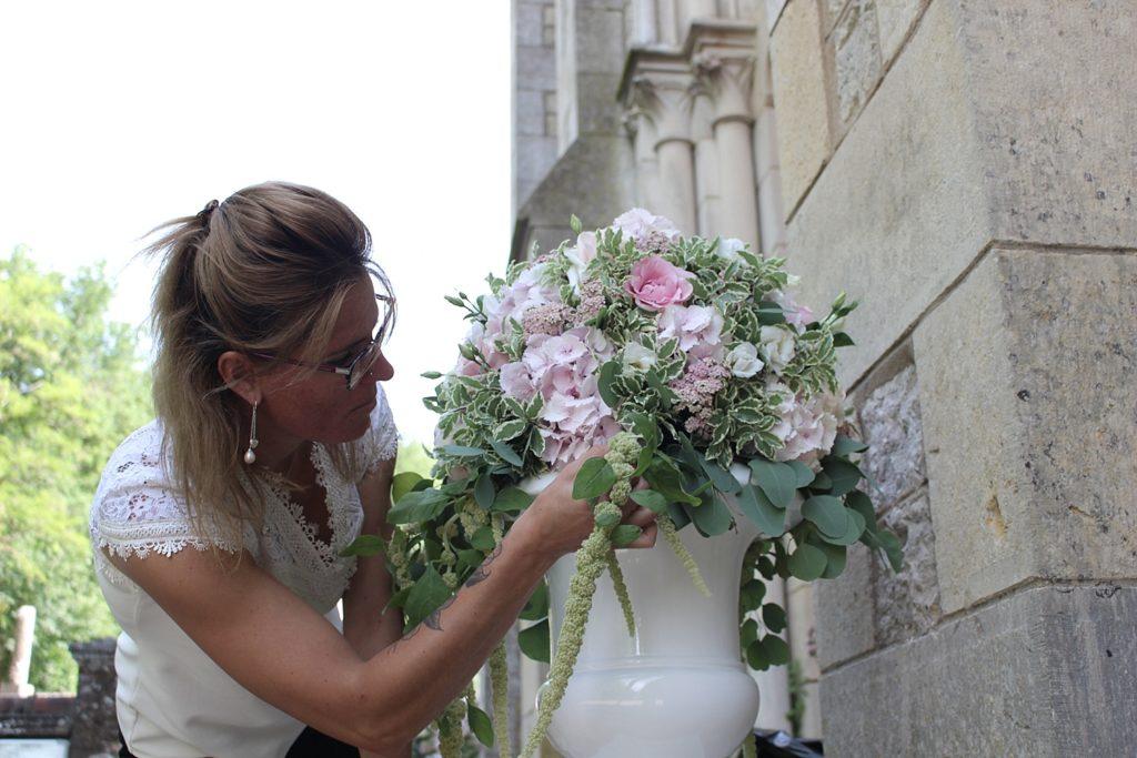 mariage église de Vallery Chateau de Vallery Mariage décoration florale fleurs mariage fleuriste fleurs d'un jour