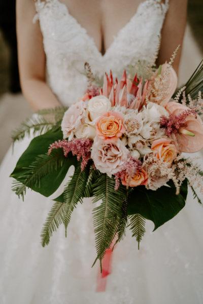 bouquet de mariée château de Vallery mariage au château de Vallery design floral aurélie lafond doligniere fleurs d'un jour mariage décoratrice mariage fleuriste mariage